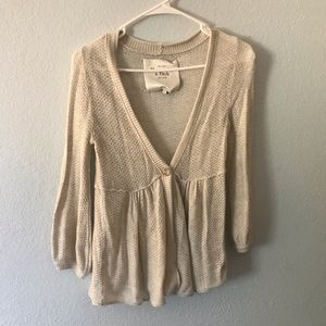 Abercrombie and Fitch Cream Sweater